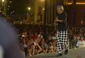FOTOS: Caetano Veloso agita multidão no Marco Zero
