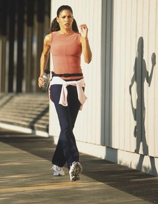 Mulher caminhada euatleta (Foto: Getty Images)