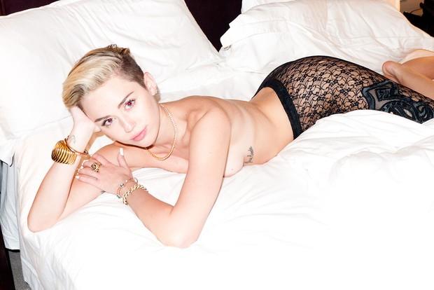 Miley Cyrus  (Foto: Reprodução / terrysdiary.com)