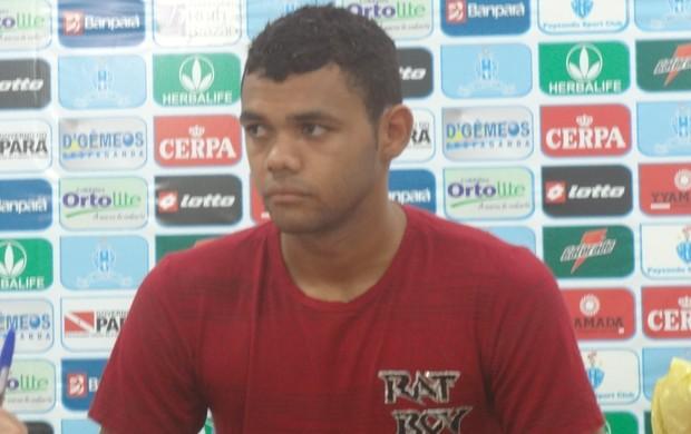 Goleiro do Paysandu Paulo Rafael em entrevista coletiva (Foto: GLOBOESPORTE.COM/PA)