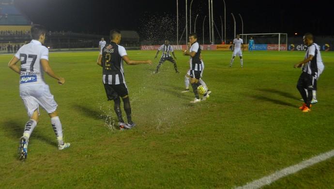 santos-sp; santos; santos-ap; amapá; macapá; estádio zerão; copa do brasil; jogo com chuva; (Foto: Rafael Moreira/GE-AP)