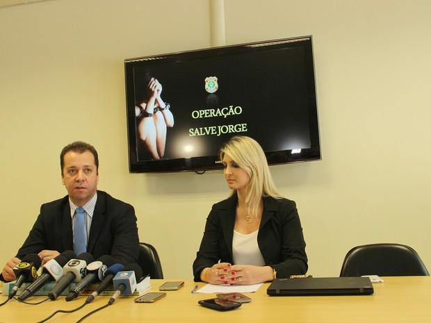 Delegados da PF falam sobre operação 'Salve Jorge' (Foto: Adneison Severiano/G1 AM)