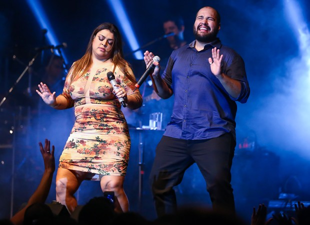 Preta Gil e Tiago Abravanel dançam 'Segura o Tchan' (Foto: Manuela Scarpa/Brazil News)
