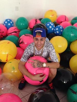 MC Novinho, 17 anos (Foto: Divulgação)