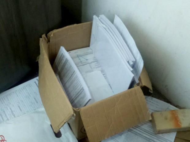 Documentos de idosos foram encontrados na casa da namorada do suspeito (Foto: Divulgação/ Polícia Civil do RN)