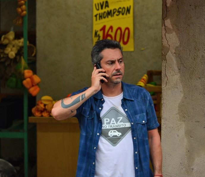 Romero vira alvo de bandidos (Foto: Pedro Carrilho/ Gshow)