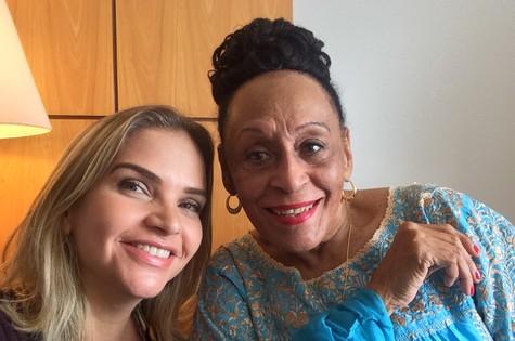 Leila Sterenberg e Omara Portuondo (Foto: Alexandre Roldão)