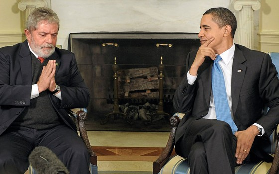 Os presidentes  Lula e Barack Obama na Casa Branca em 2009.Dentro de casa Lula adotou um tom de elite x povo que marca a política até hoje (Foto:  Jonathan Ernst/Reuters)
