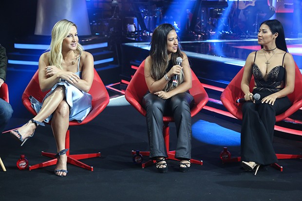 Claudia Leitte, Simone e Simaria (Foto: Roberto Filho/ Brazil News)