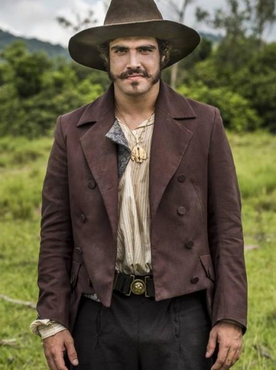 Caio Castro interpreta D. Pedro na novela  Novo Mundo, que estreia na Globo dia 22 de março  (Foto: Divulgação/ Rede Globo)