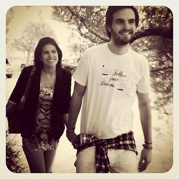 Antônia com o namorado (Foto: Reprodução)
