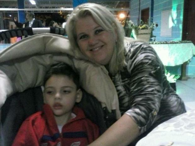 Bernardo e a mãe Susicler, em Sorocaba (SP) (Foto: Arquivo pessoal / Susicler Betega)