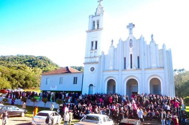Primeiro encontro da Família Montagner no Rio Grande do Sul (Foto: Reprodução / Facebook)