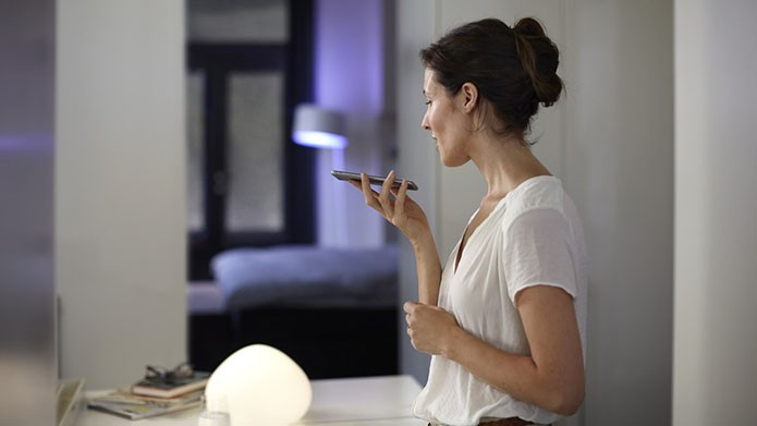 Lâmpadas Philips Hue poderão ser controladas com a voz por meio da Siri no iPhone (Foto: Divulgação)