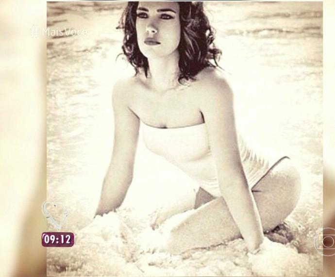 Adriana Birolli adora usar maiô (Foto: TV Globo)
