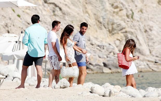 Messi em Ibiza com Fábregas e José Pinto (Foto: Splash News)