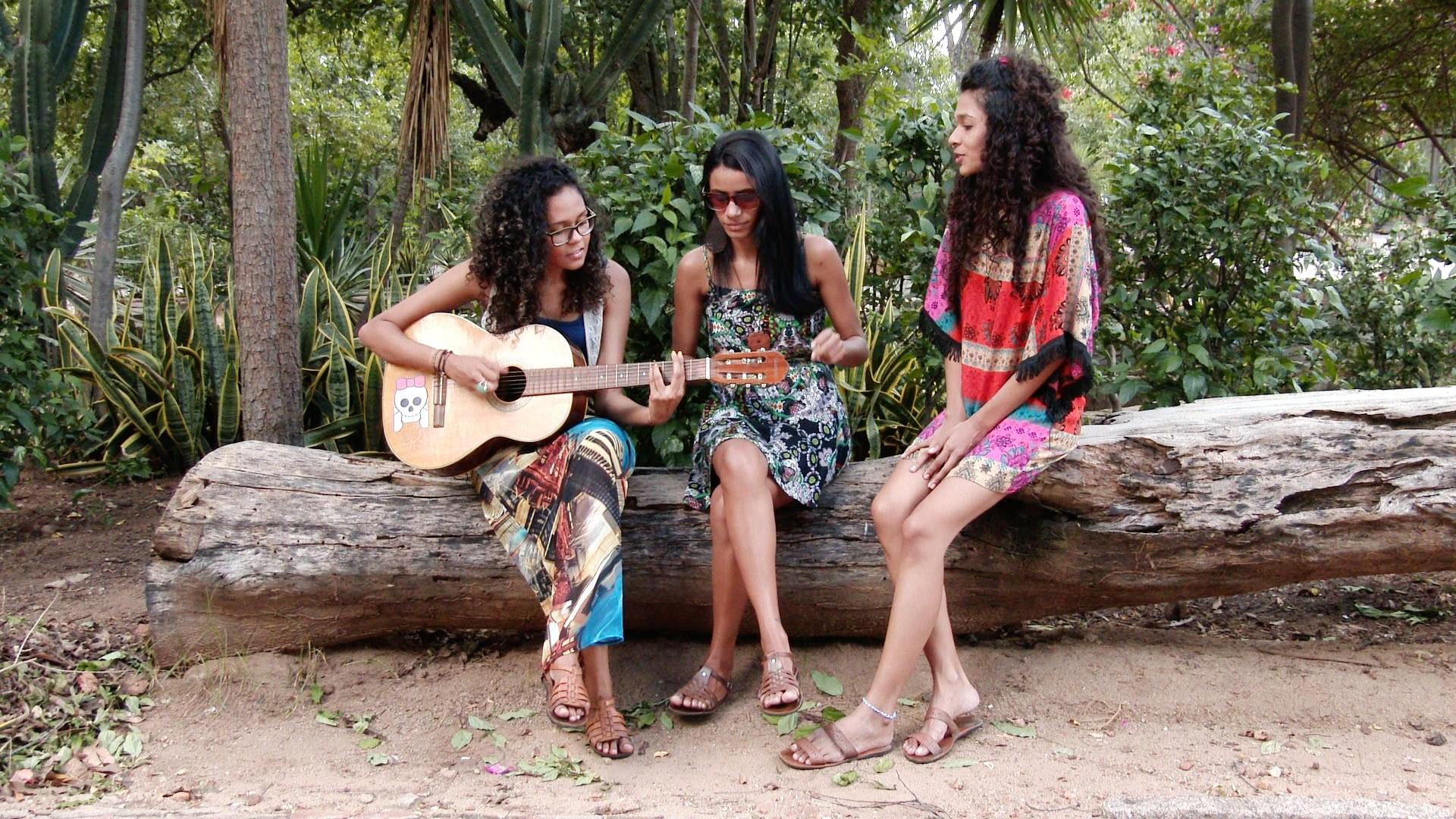 A Banda Nazirê tem Géssica Alencar, Jordânia Martins e Ranny Ramos nos vocais. (Foto: Divulgação)
