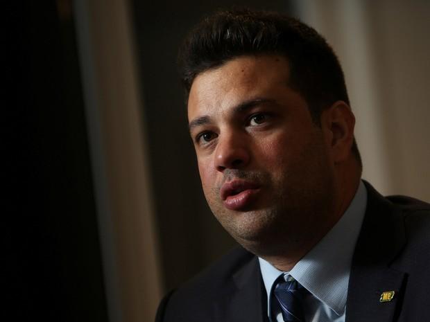 18/05/2016 - O Ministro dos Esportes Leonardo Picciani durante entrevista em Brasília (Foto: Adriano Machado/Reuters)