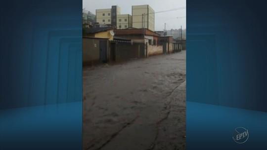 Chuva de meia hora deixa pontos de alagamentos em Itajubá, MG