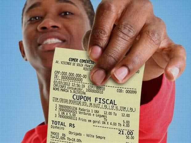 Notas fiscais podem ser trocadas por bilhetes que concorrem a sorteios em dinheiro. (Foto: Divulgação / Agência Pará)