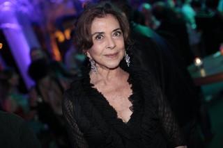 Betty Faria em festa no Rio (Foto: Isac Luz/ EGO)