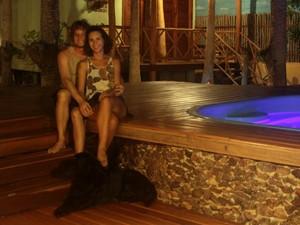 Nathalia e Marco ficaram encantados com o estilo de vida na praia e resolveram trocar a agitação de Campinas (SP) pela tranquilidade no Piauí (Foto: Arquivo pessoal)