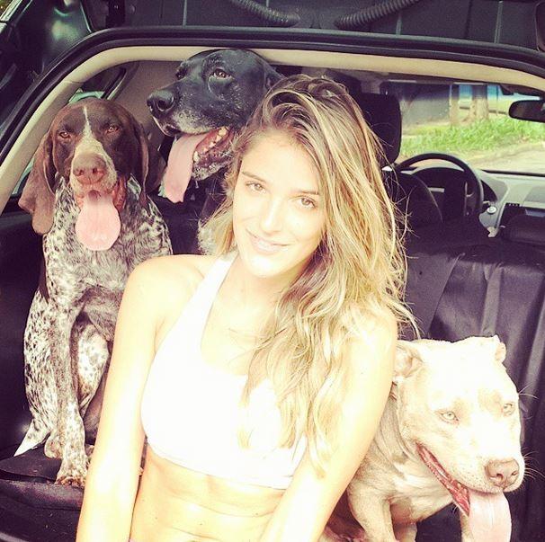 Rafa: farra com os dogs na mala do carro (Foto: Arquivo pessoal)