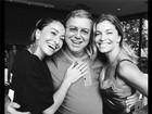 Boninho posa com Sabrina Sato e Grazi Massafera