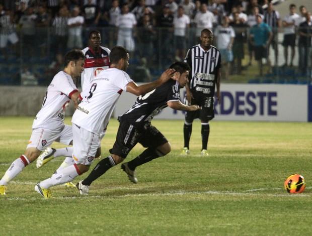 Ricardinho Ceará x Vitória (Foto: LC Moreira / Ag. Estado)