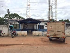 Após agressões, mãe da estudante registrou boletim na Delegacia de Polícia Civil de Nova Mamoré (Foto: Júnior Freitas/G1)