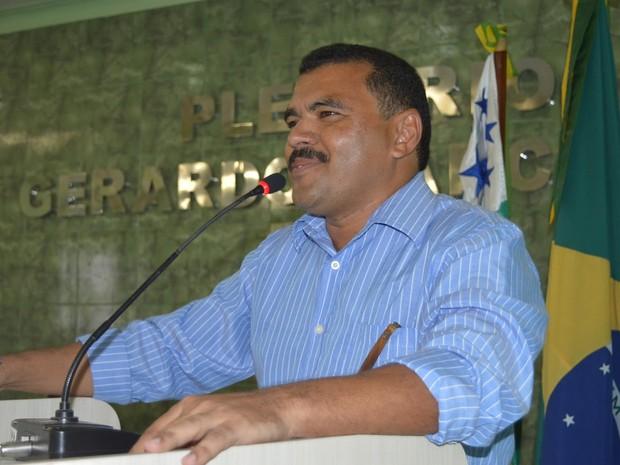 Proposta do vereador Domingos Sávio prevê dois dias de ausência no trabalho (Foto: Arquivo Pessoal)