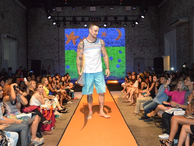 Felipe Titto em evento de moda no Recife (Foto: Felipe Souto Maior/ Ag. News)