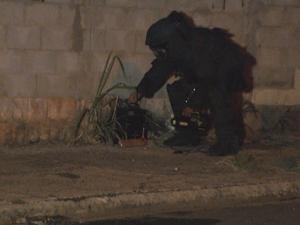 Policial do Gate explode bomba em Sumaré (SP) (Foto: Reprodução/ EPTV)