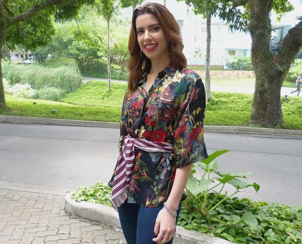 Camila Coutinho nos bastidores do Encontro (Foto: Marcele Bessa / Gshow)