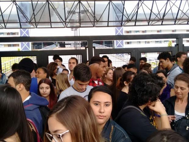 Em Araraquara, 4.494 estudantes prestam o vestibular da Unesp neste domingo (Foto: Carol Malandrino/G1)