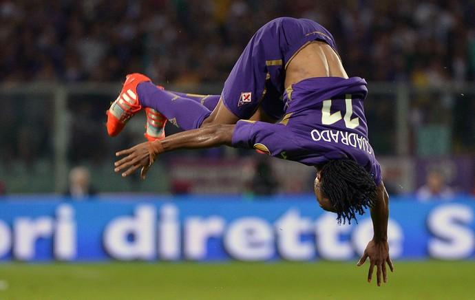 Cuadrado comemora gol (Foto: AFP)