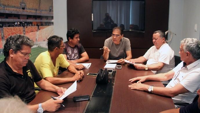 Reunião entre FAF e clubes (Foto: Divulgação/FAF)