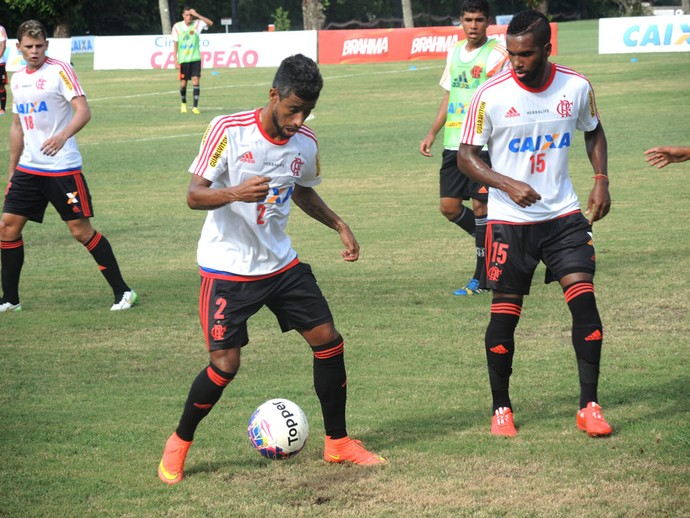 Léo Moura, treino Flamengo (Foto: Thiago Lima)