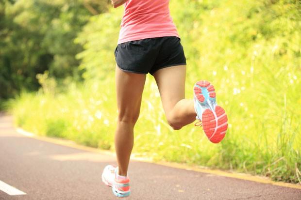 mulher correndo; corrida; (Foto: Thinkstock)