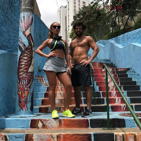 Casal fitnes: Sabrina e Duda Nagle vivem ostentando os corpos sarados nas redes sociais (Foto: Reprodução Instagram)