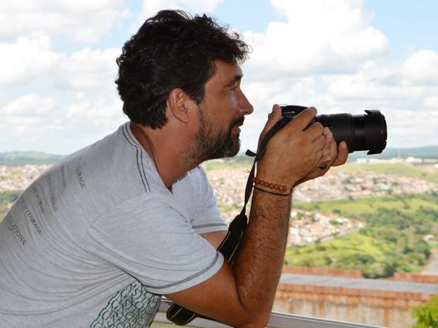 Rodrigo Naves registra fenômenos da natureza por hobby em Varginha, MG (Foto: Samantha Silva / G1)