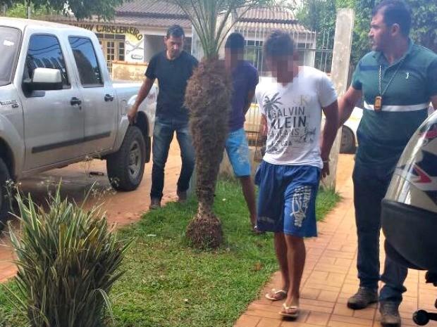 Polícia prendeu, na quinta-feira (14), os dois suspeitos no bairro Laranja em Xapuri (Foto: Alexandre Lima/Arquivo pessoal)