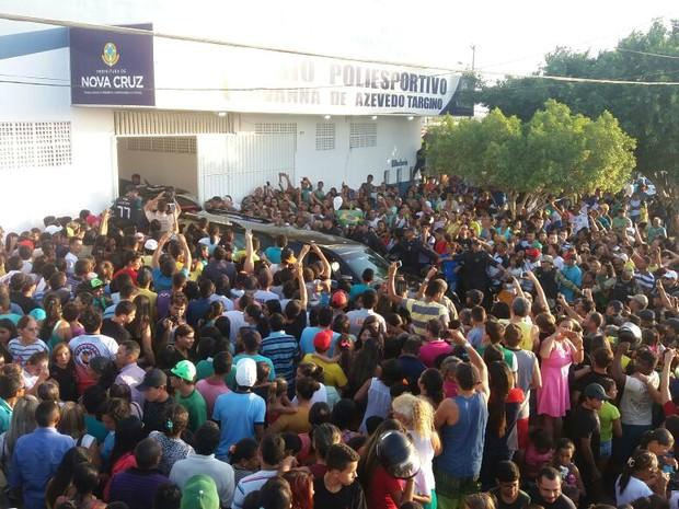 RN - velório Gil Chapecoense Nova Cruz (Foto: Fred Carvalho/G1)