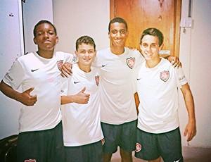 BLOG: Geração 2000: meia de 15 anos é titular do Desportivo Brasil na Copinha