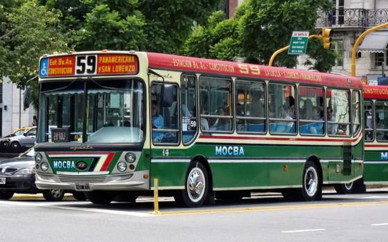 ônibus em Buenos Aires: melhor e mais barato que em São Paulo (Foto: Wikimedia Commons)
