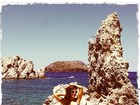 Gyselle Soares posa de top durante viagem a Ilhas Gregas