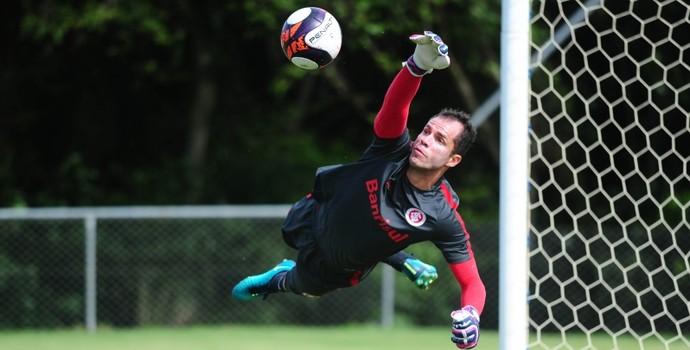 Marcelo Lomba em treino do Inter  (Foto: Ricardo Duarte / Inter, DVG)