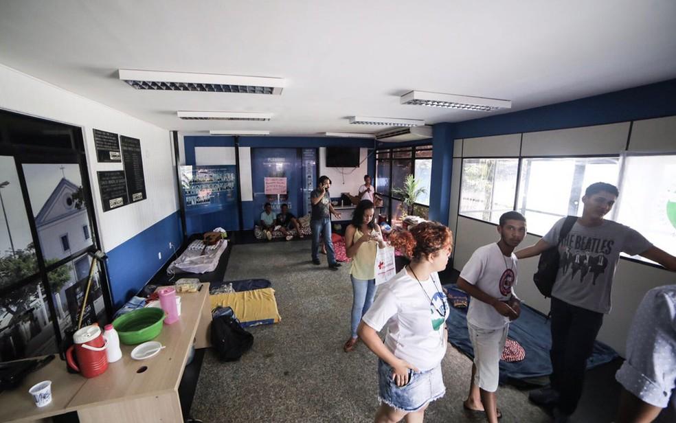 Estudantes ocupam Câmara desde a última quinta-feira (20). (Foto: Divulgação/ Câmara Municipal de Camaçari)