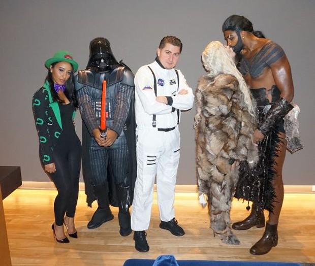 Khlóe Kardashian e Tristan Thompson com amigos em festa de Halloween (Foto: Reprodução/Instagram)