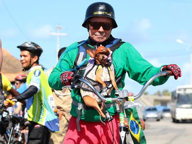 Participante canino acompanhou seu dono durante o evento (Foto: Jonathan Lins/G1)